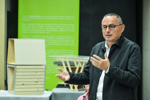 Prof. Miha Dešman, Fakulteta za arhitekturo v Ljubljani
